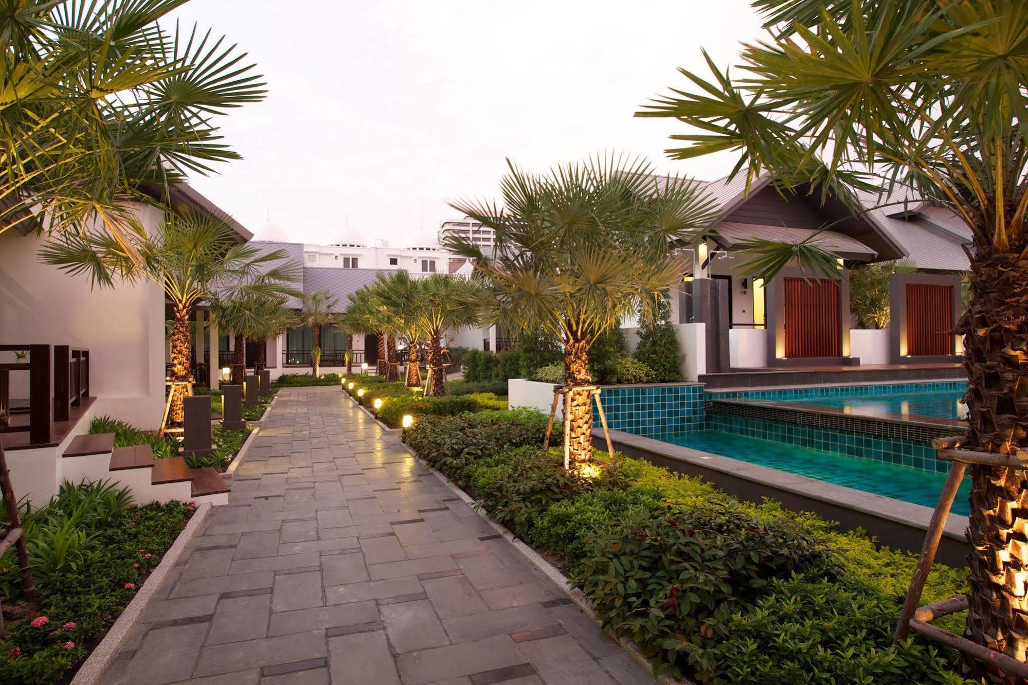 HOTEL LONG BEACH LUXURY VILLAS, PATTAYA ****